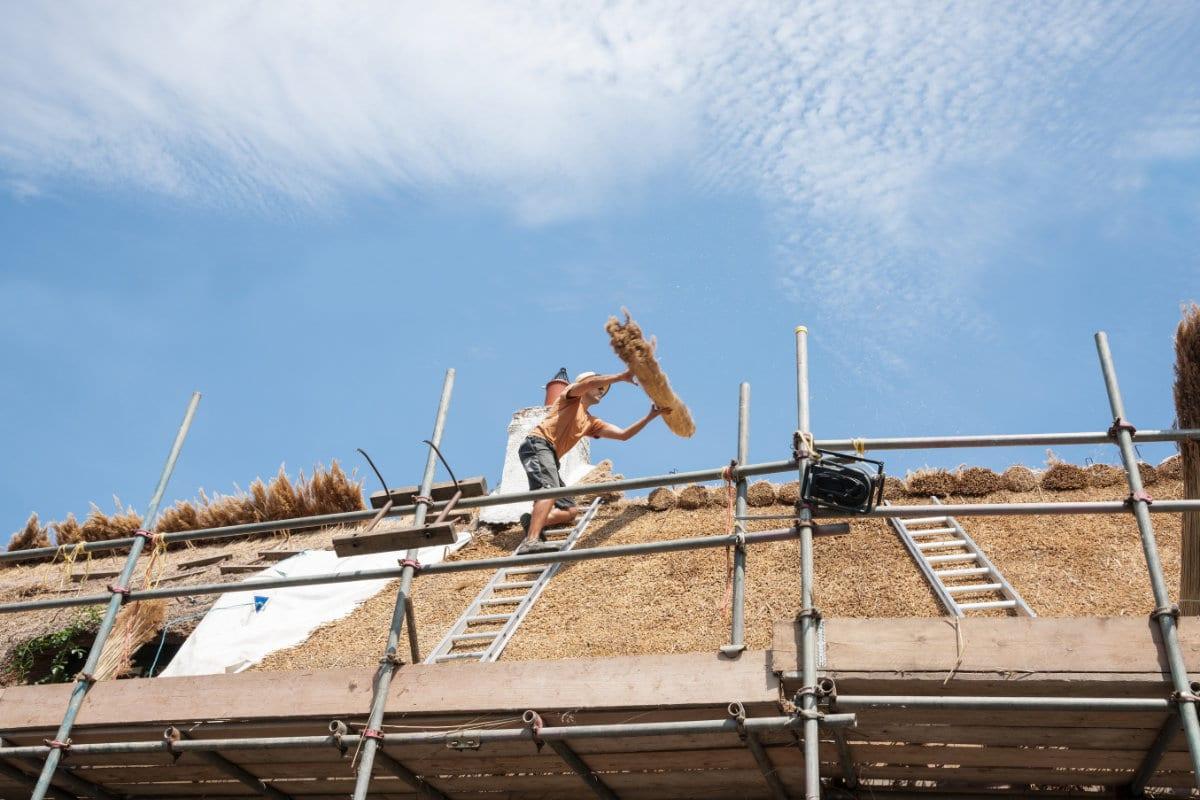 renovation toit de chaume